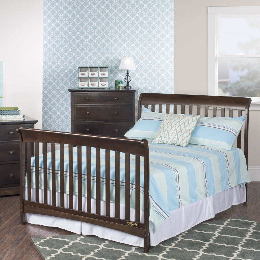 Coventry 4 in 1 convertible crib child craft