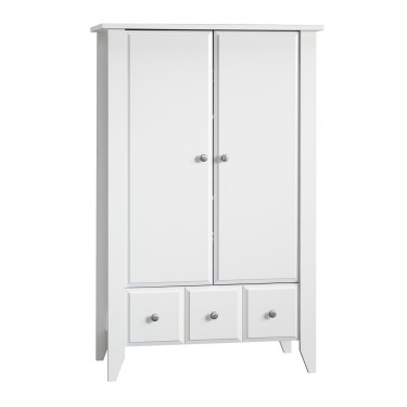 Relaxed Traditional Armoire