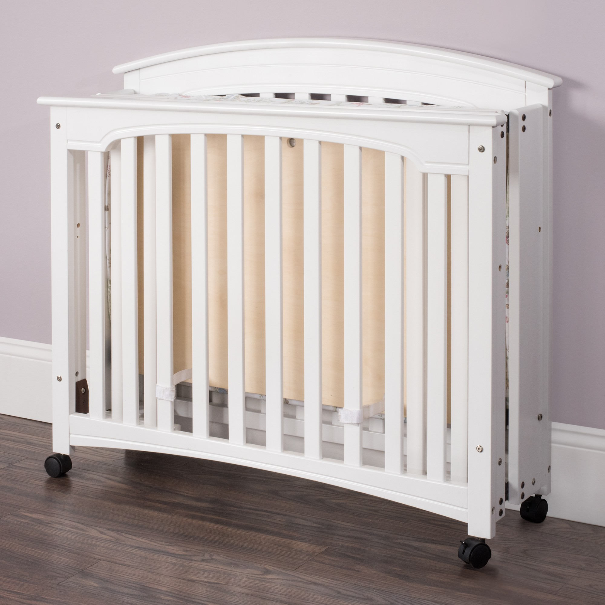 Wadsworth Mini Folding Crib Child Craft