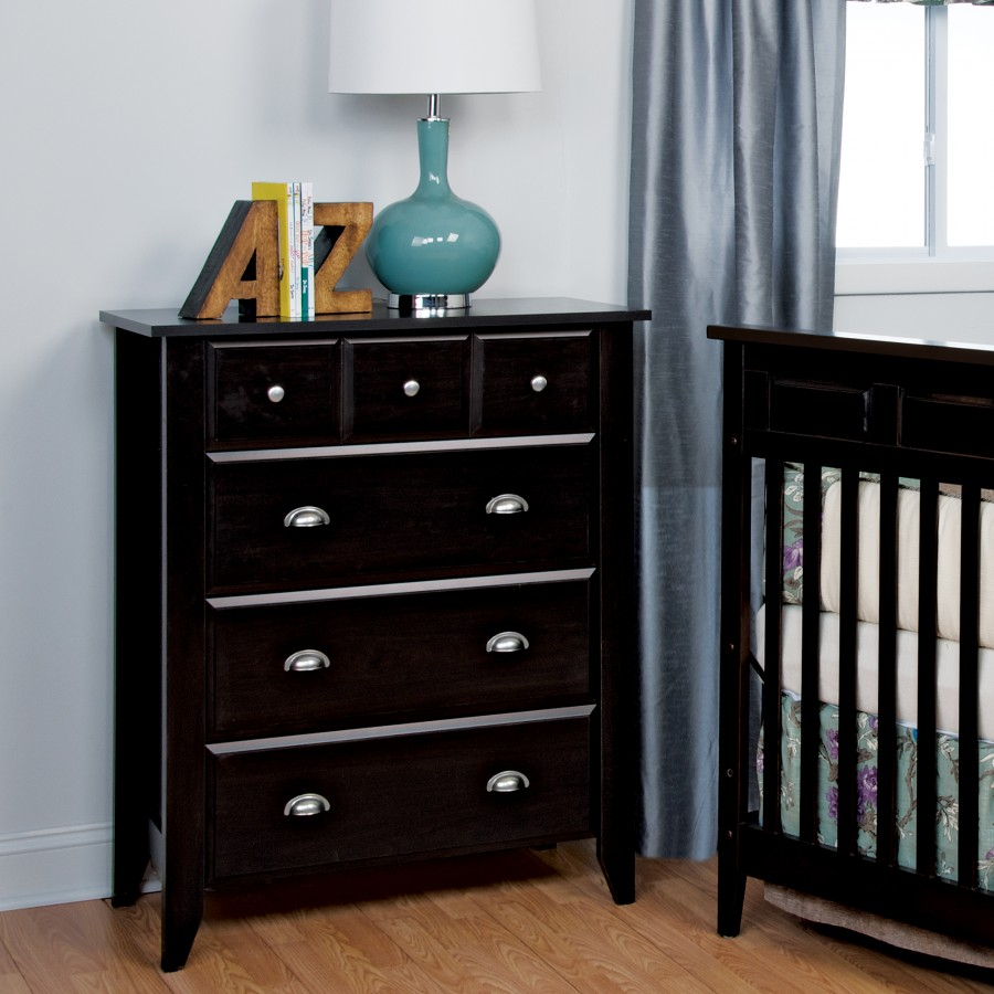 relaxed traditional drawer dresser  child craft - relaxed traditional drawer dresser