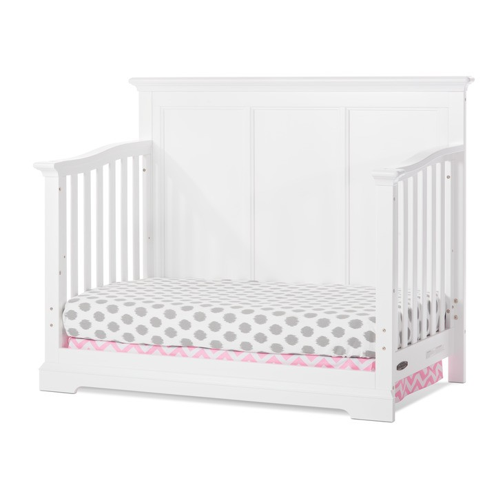 Kelsey 4 in 1 convertible crib matte white child craft for Child craft soho 4 in 1 convertible crib in natural